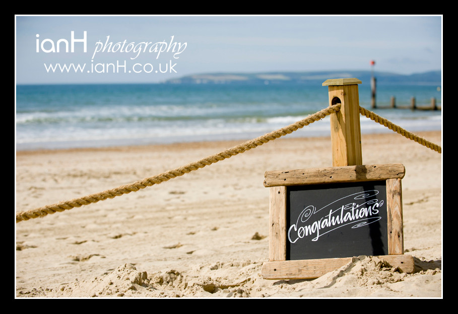 Wedding_on_Bournemouth_beach_on_a_sunny_day