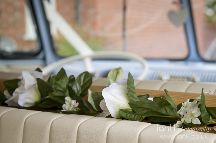 Beautiful_VW_camper_for_a_wedding_in_Bournemouth