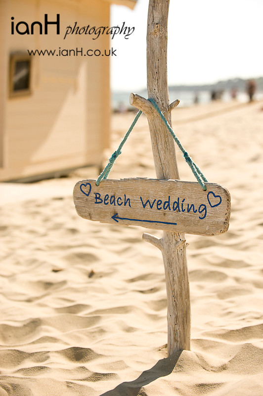 Wedding_on_Bournemouth_beach_in_Dorset_in_glorious_sunshine_by_Dorset_wedding_photographer