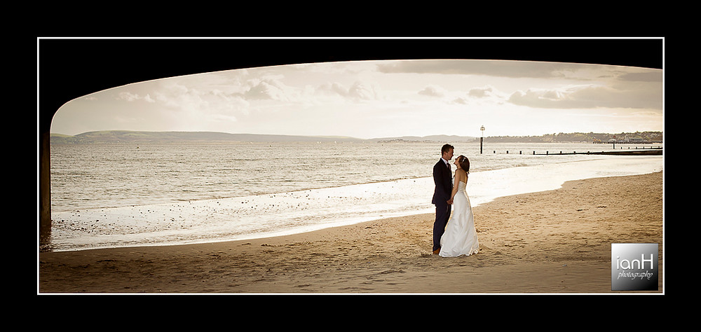 bournemouth-beach-wedding-couple-underneath-pier