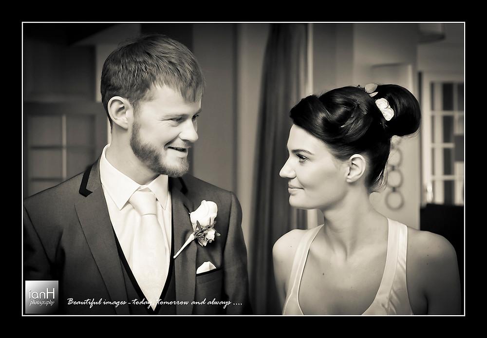 bournemouth-wedding-photographer-marriott-highcliff-hotel