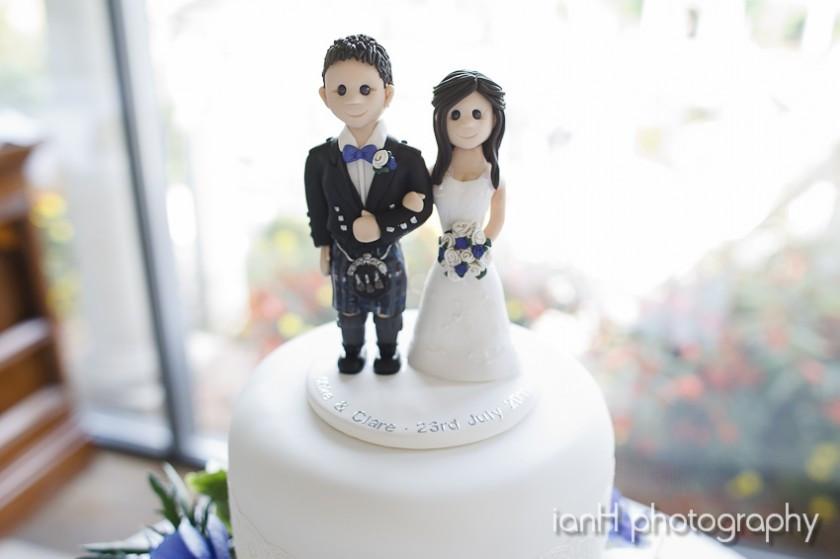 Wedding cake by Lisa Notley Wedding Cakes