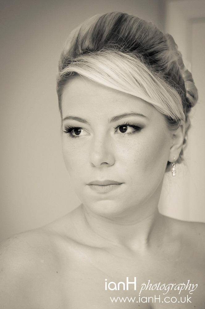 Bridal_portrait_as_she_prepares_for_her_wedding_at_Bournemouth_Town_Hall