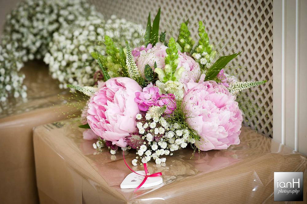 bridal-bouquet-bournemouth-beach-wedding