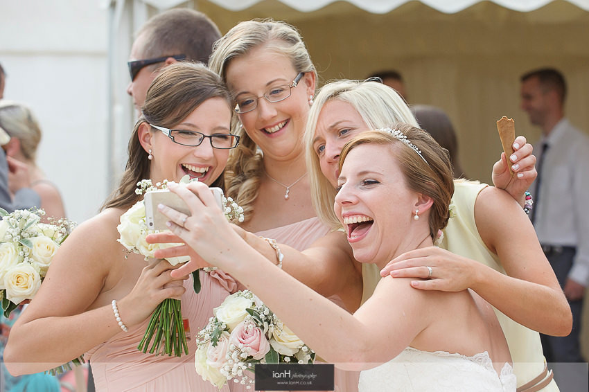 Bridal selfie with Bridesmaids