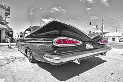 Blk white Car Red Tailights900px.jpg
