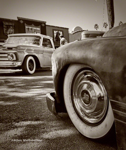 OldB&Wwheels900px.jpg