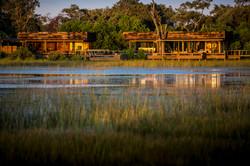 VumburaCamp-Botswana-CrookesAndJackson-7