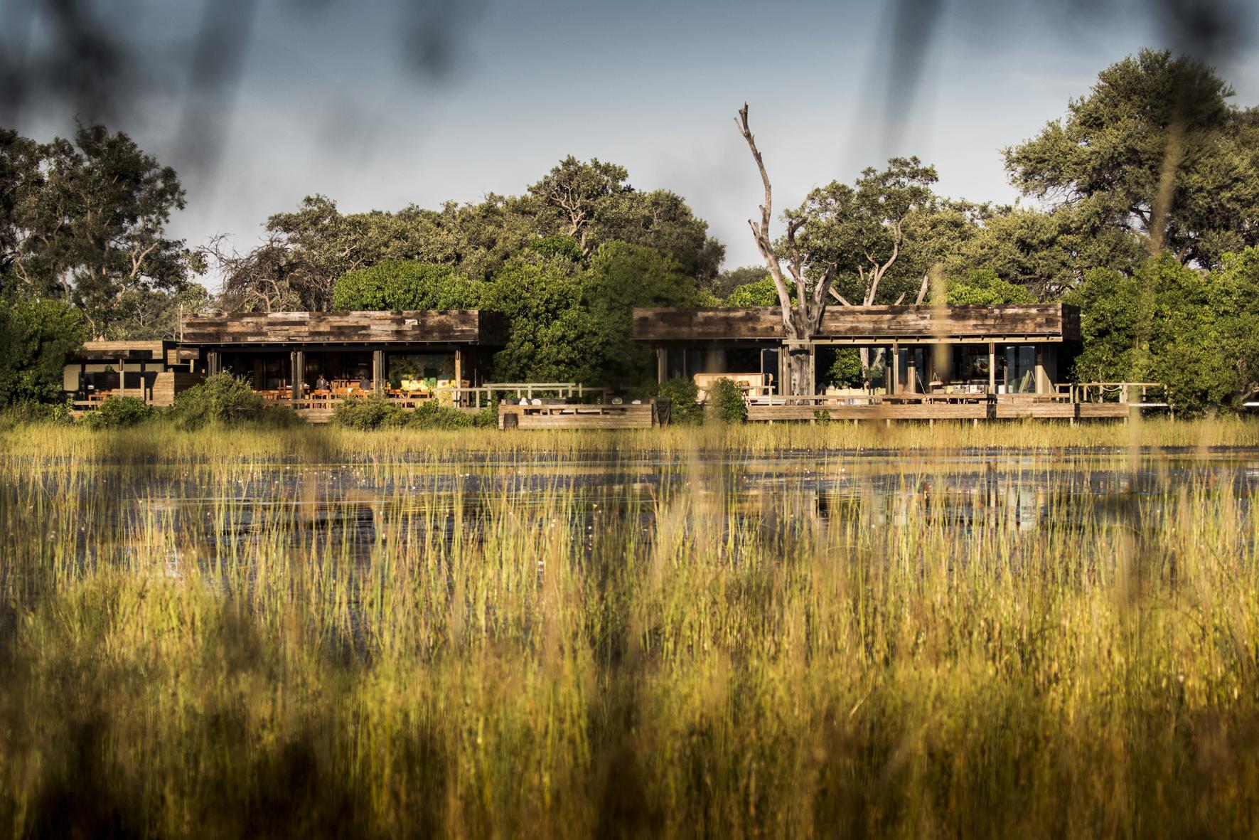 VumburaCamp-Botswana-CrookesAndJackson-3