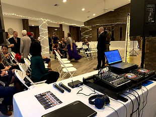 DJ set up at a wedding in Gurnee Illinois at Heatherridge