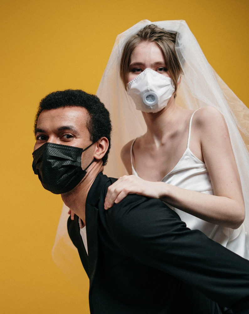 Bride and Groom in Covid Face Mask