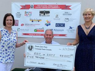 Houston Junior Forum helps fund summer program