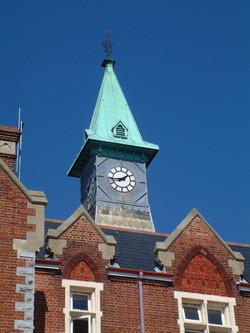 Restored original clock feature