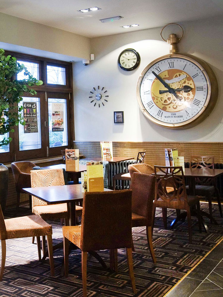 Bezel clock inside a pub