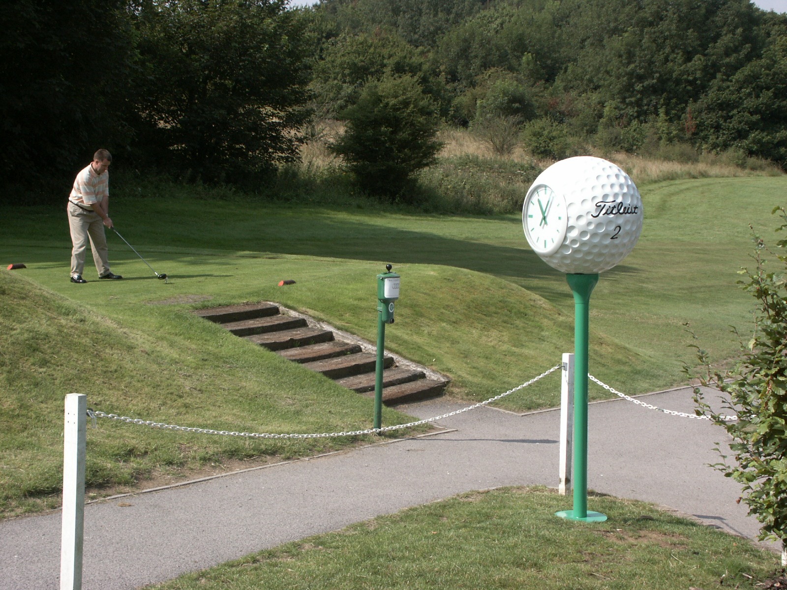 Golf ball clock on 1st tee