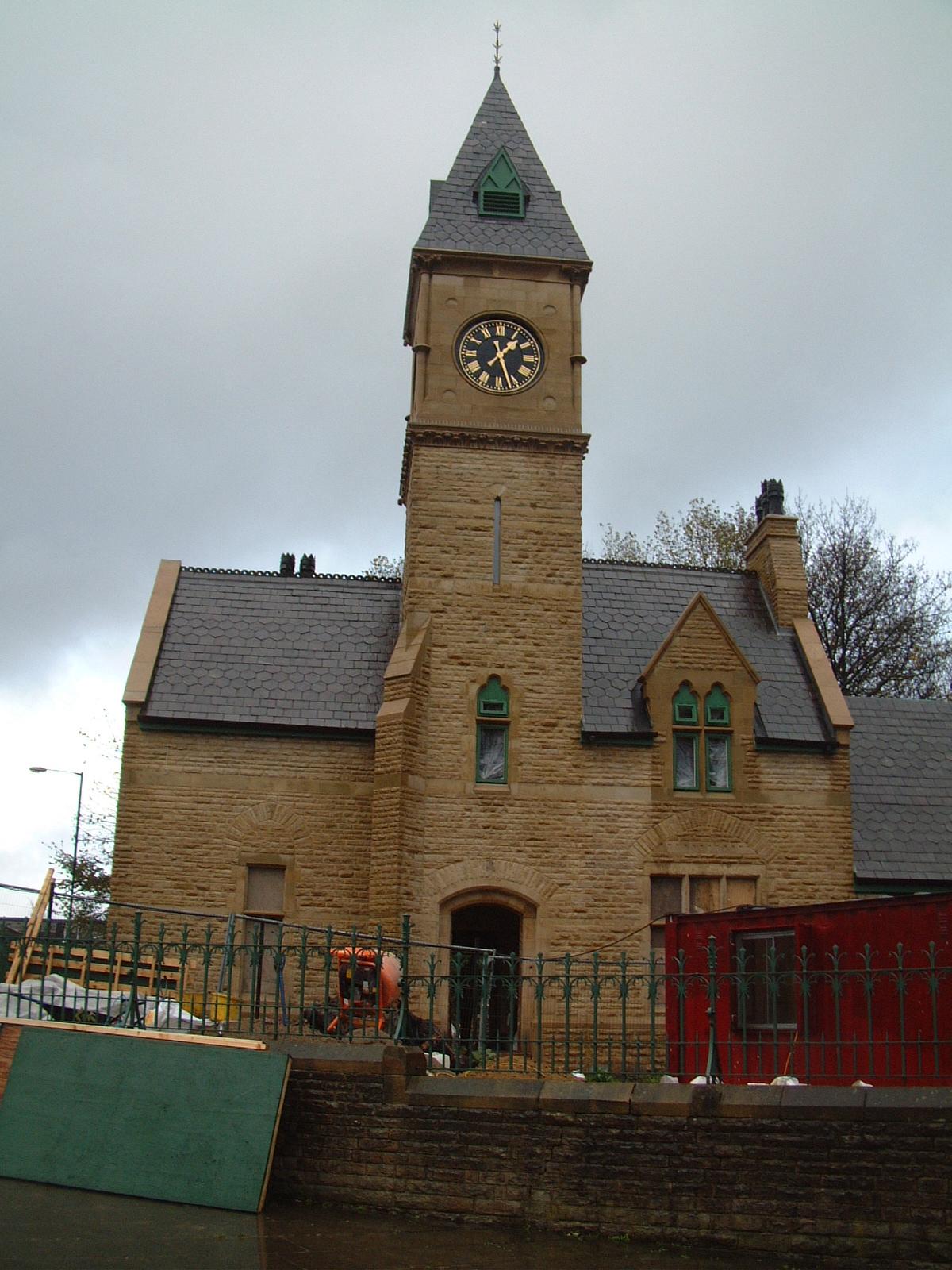 Exterior clock