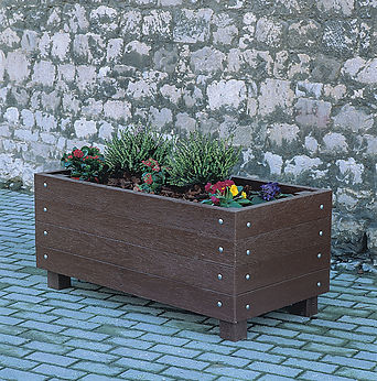 Recycled plastic street planter
