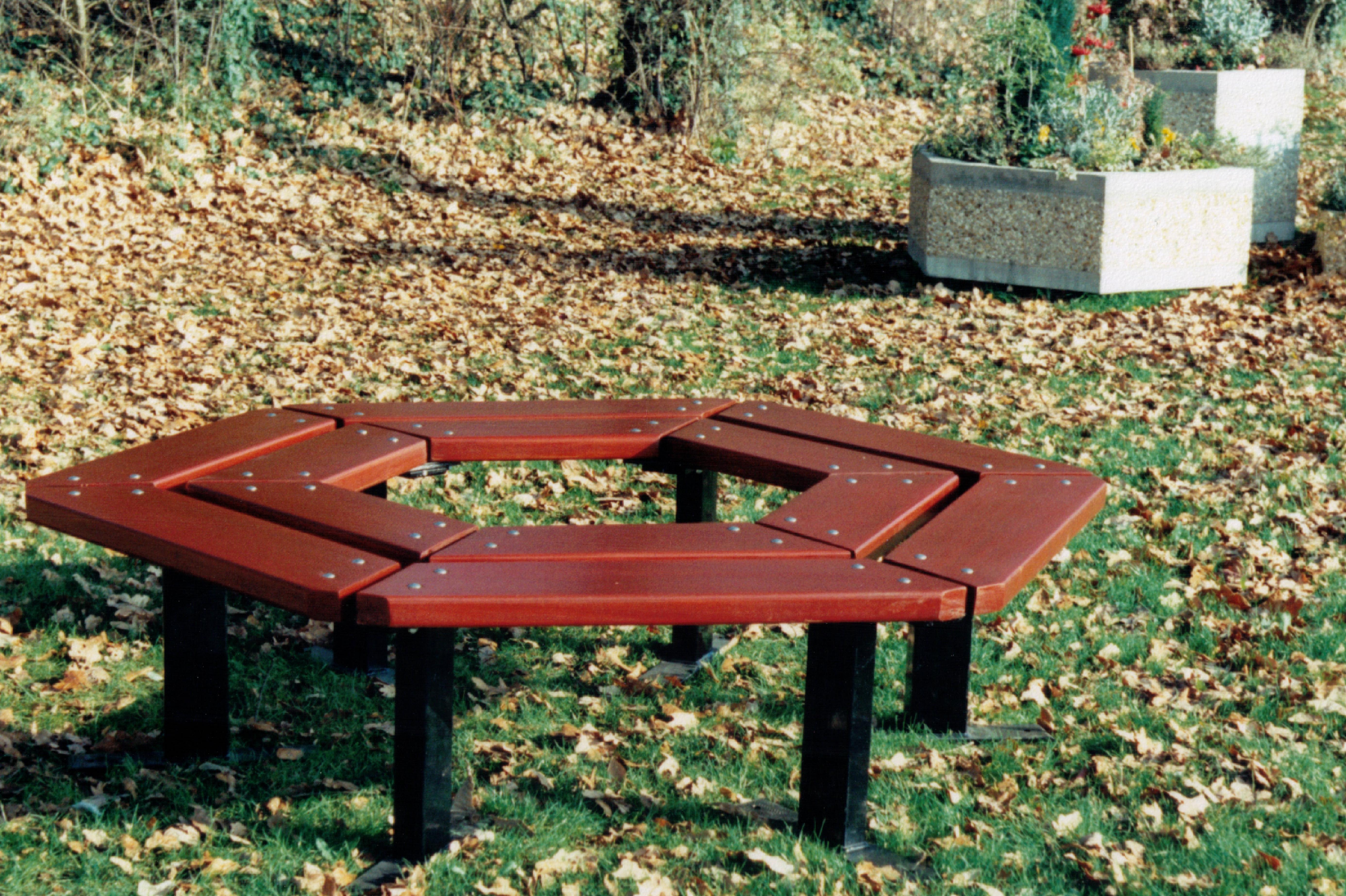 Beaufort Tree bench (5)