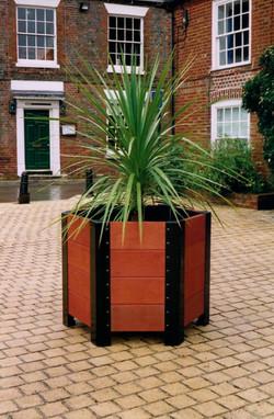 Beaudort Planter (4)