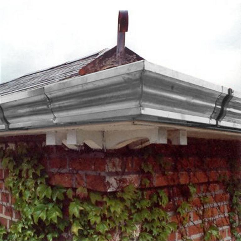 Stainless Ogee gutter