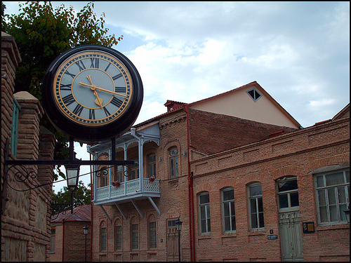 Projecting drum clock