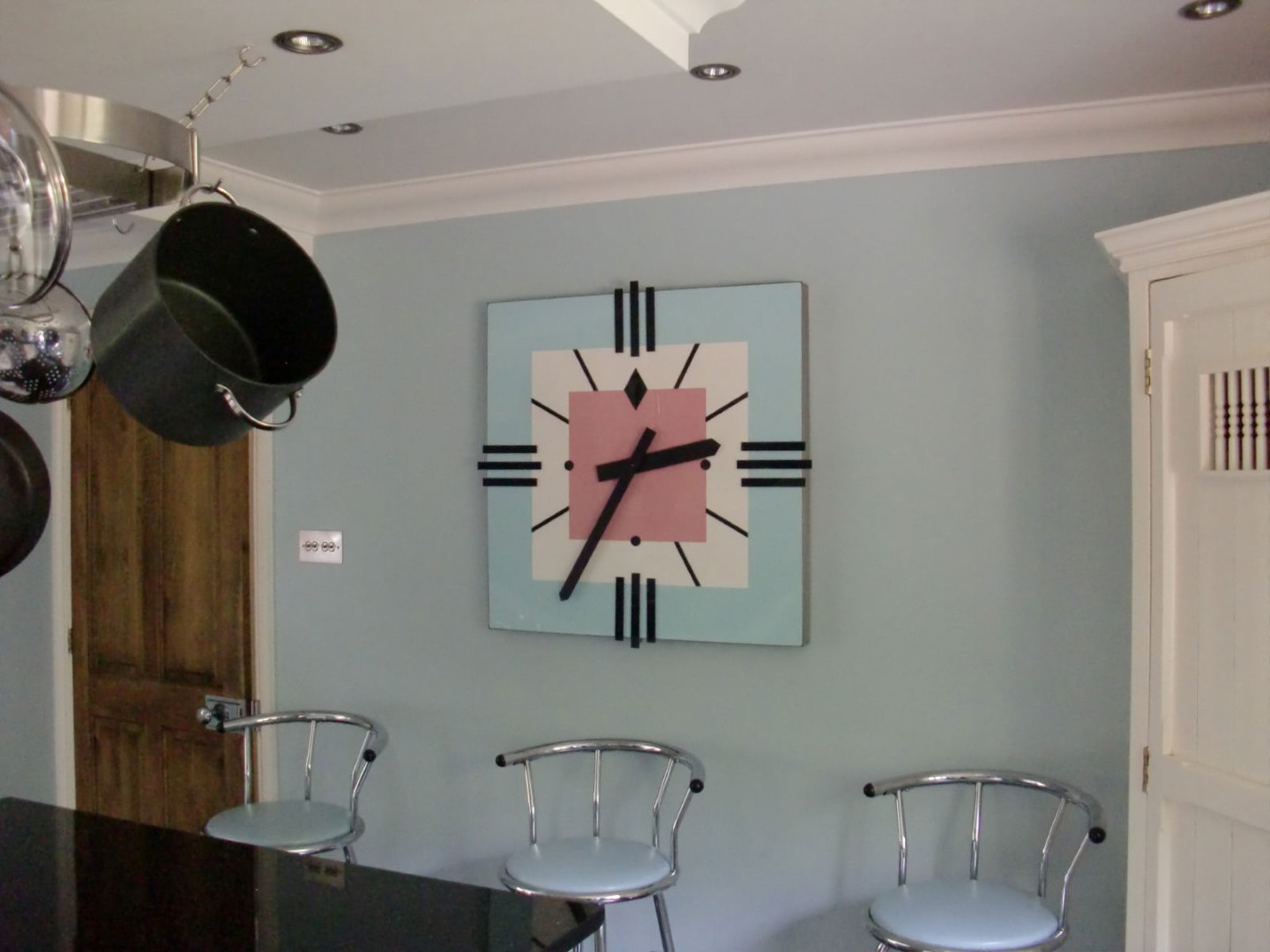 Art Deco clock in Kitchen