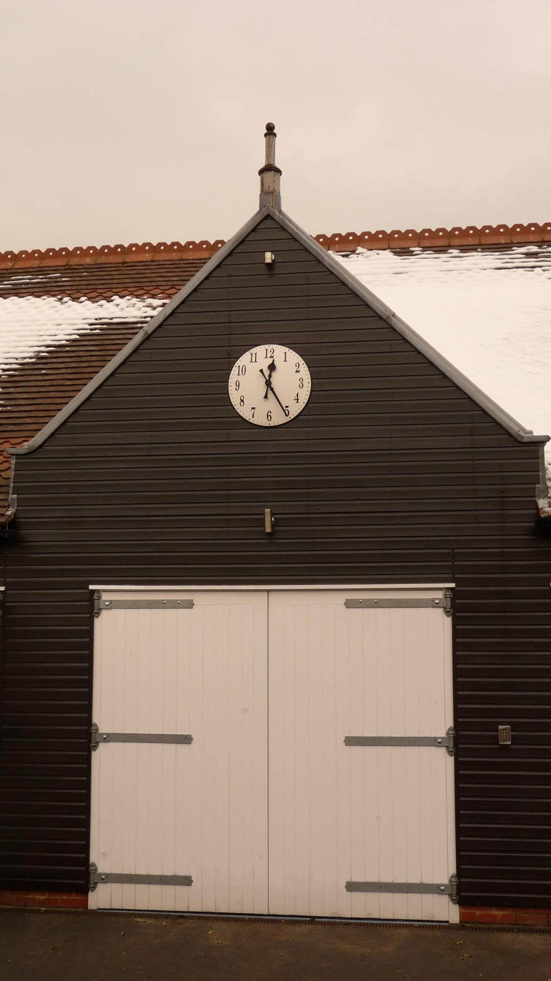 White Arabic style clock