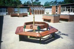 Beaufort Tree Seat (2)