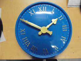 Public exterior clocks