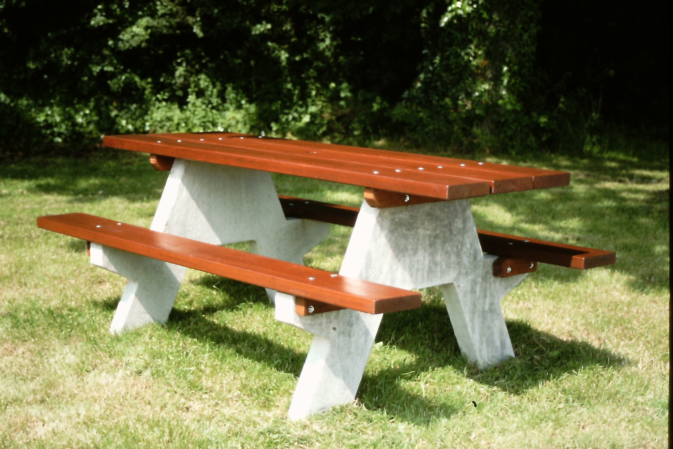Adriatic Picnic Bench (1)