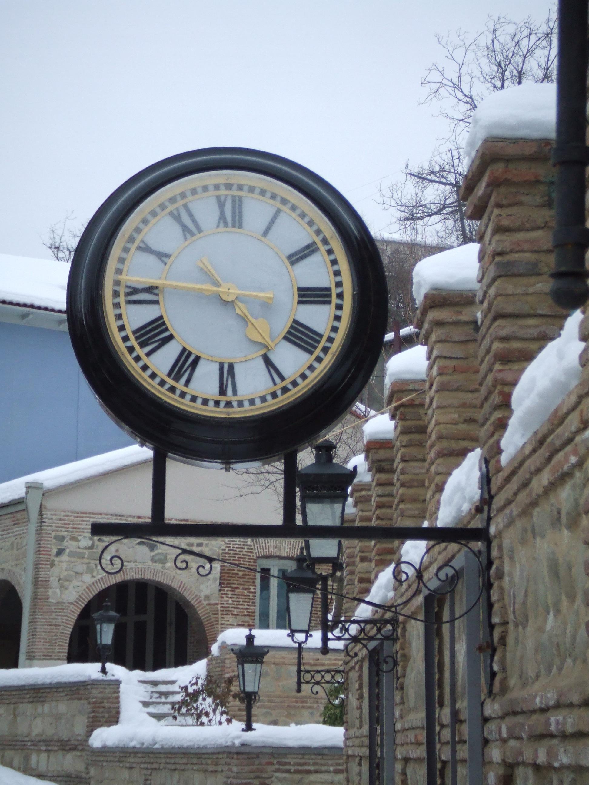 Drum clock in Georgia