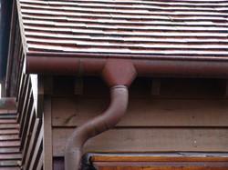 Half round copper guttering