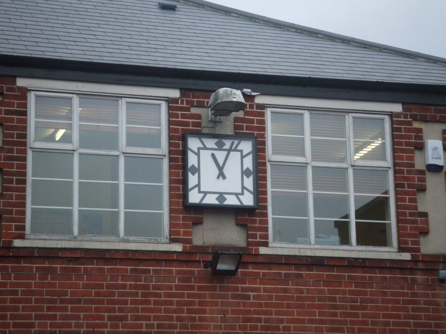Wirksworth Memorial Hall Clock