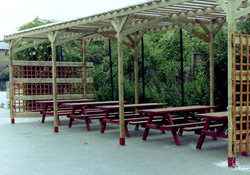 Woodland Picnic Table (6)