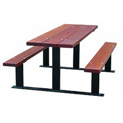 BEAUFORT PICNIC TABLE