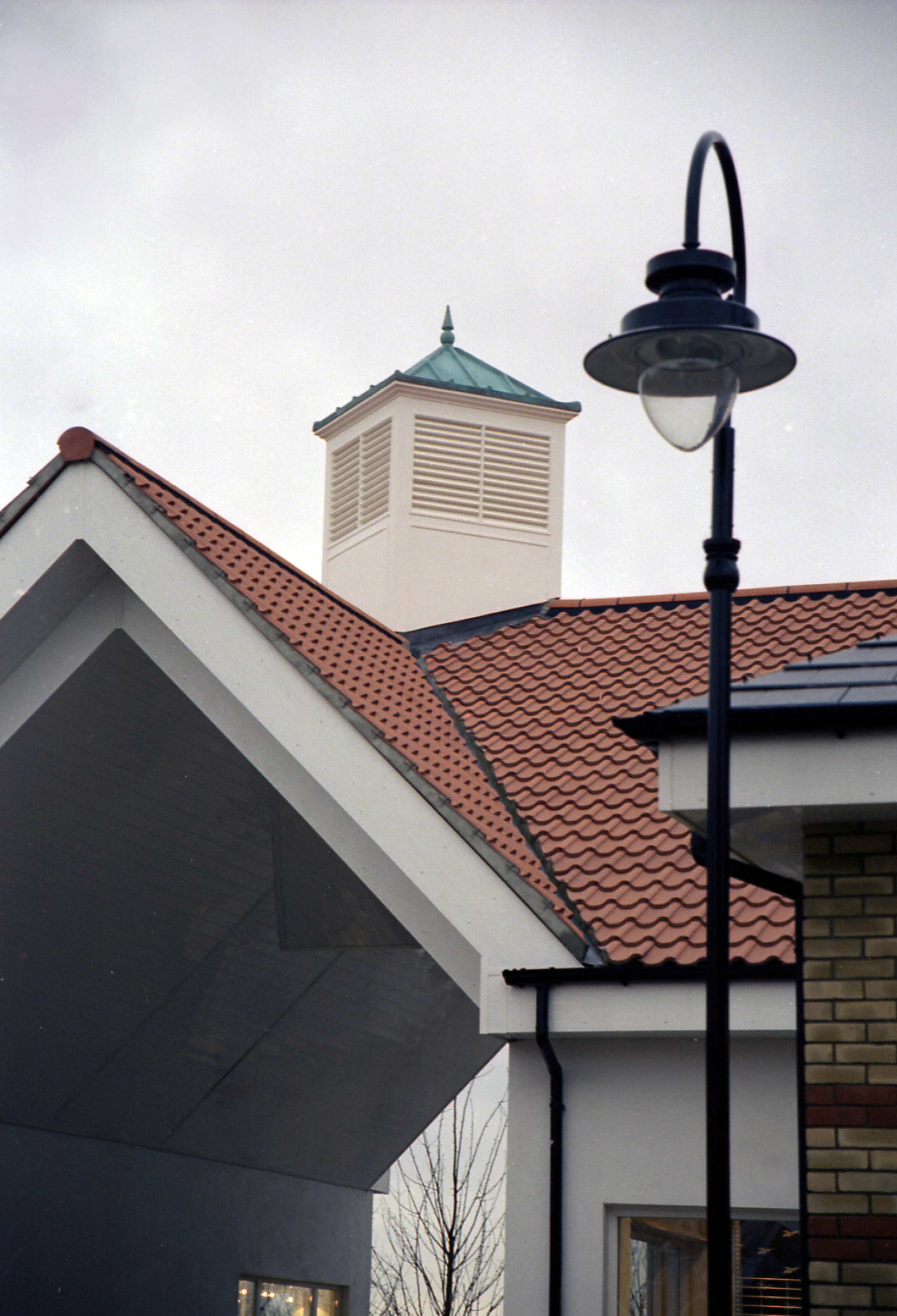 Cupola on retail outlet