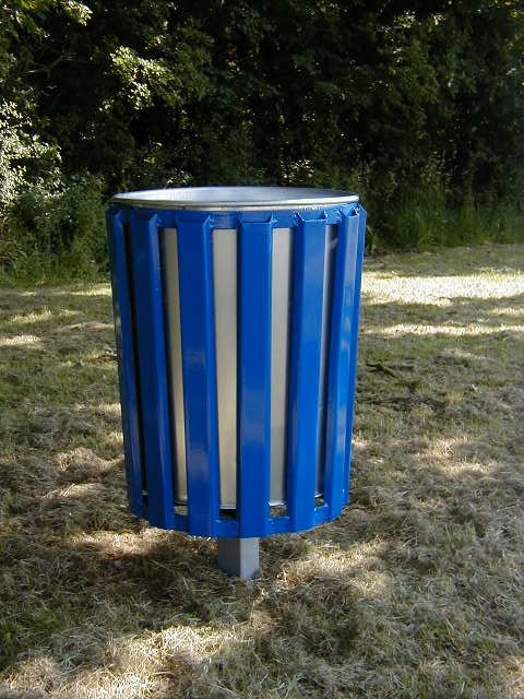 Neptune metal bin (3)
