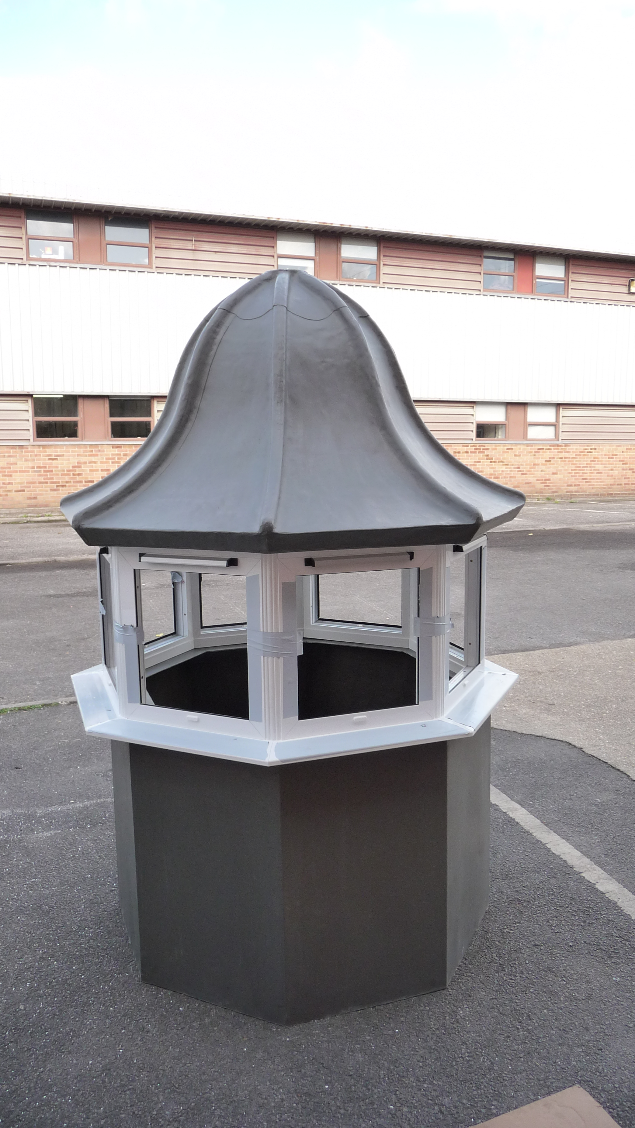 Octagonal roof turret