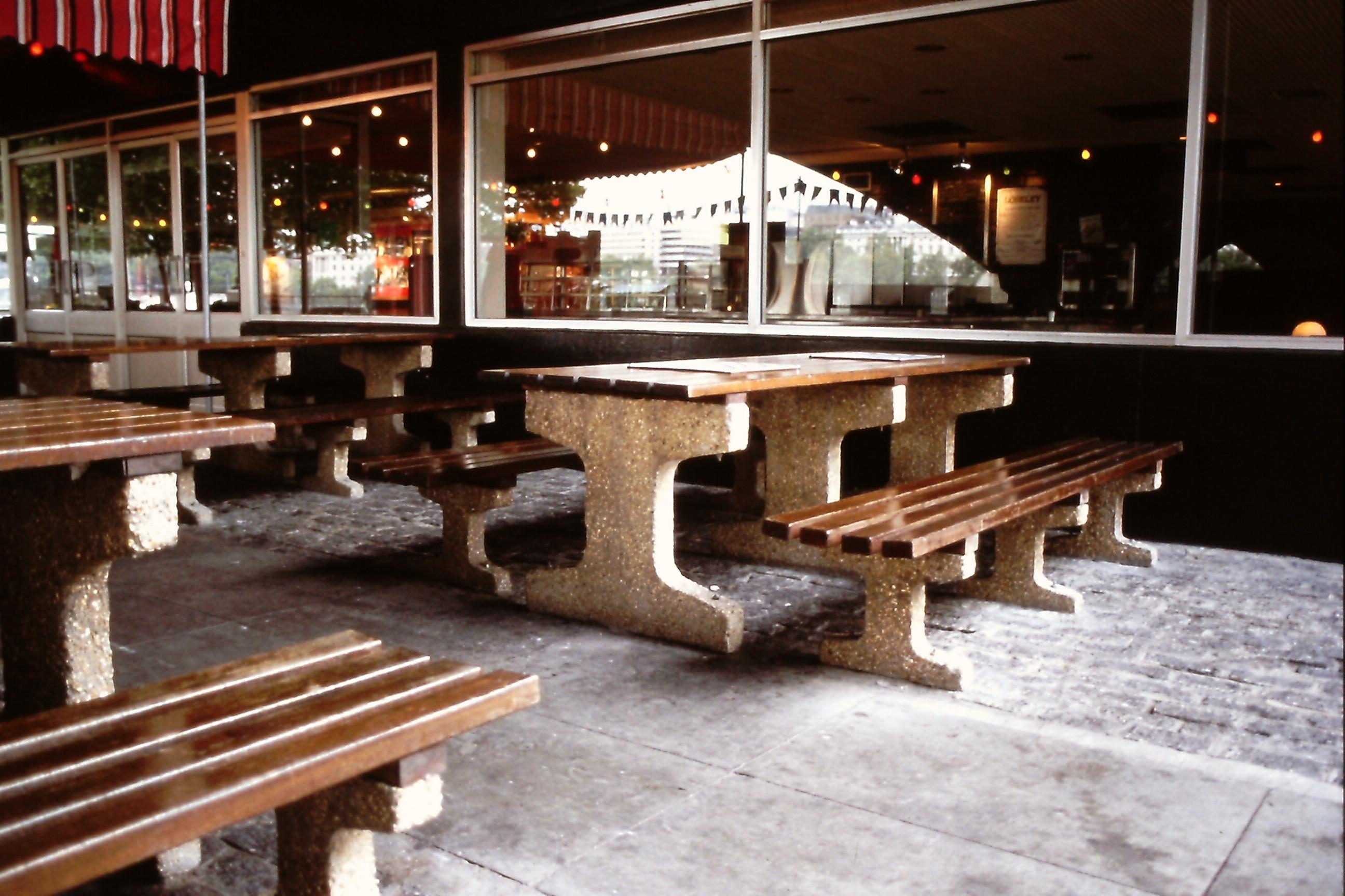 Southampton Picnic table