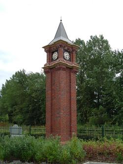 Brick pillar clock