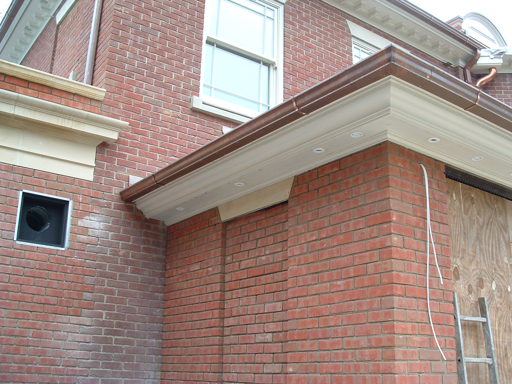 Ogee copper guttering