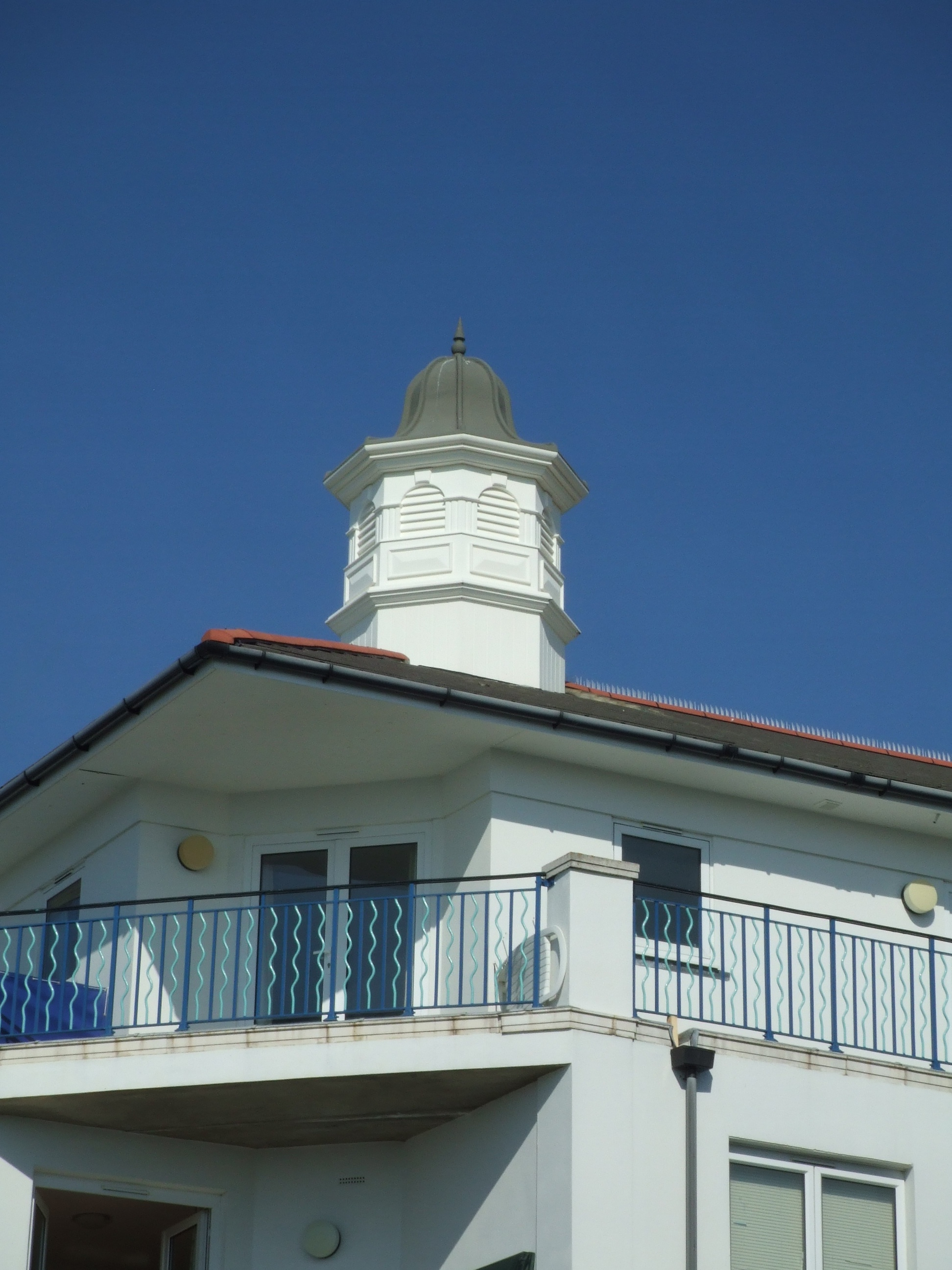 Eight sided cupolas