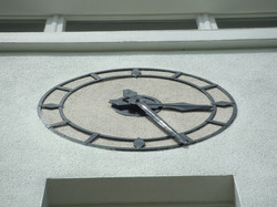 Large outdoor clock feature