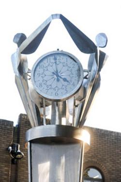 Bespoke feature clock