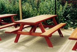 Woodland Picnic Table (1)