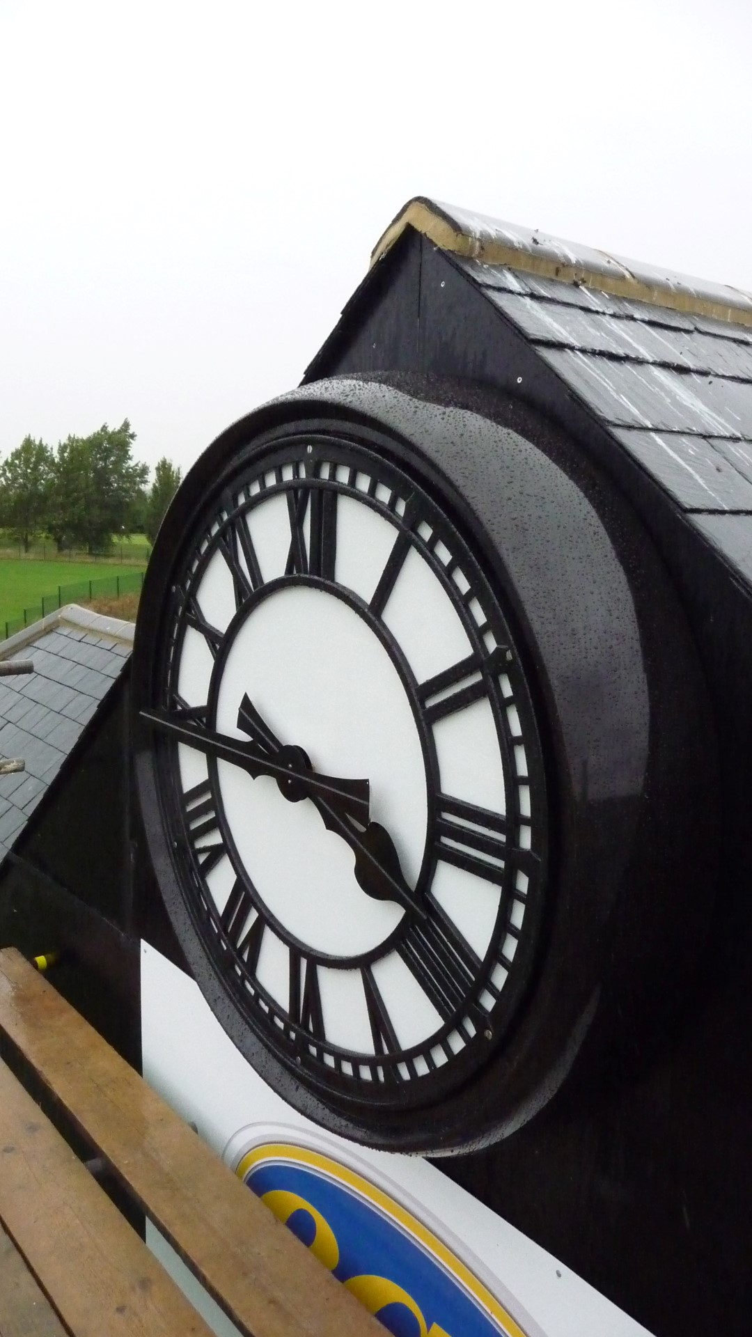 Garon Park Cricket Club Clock