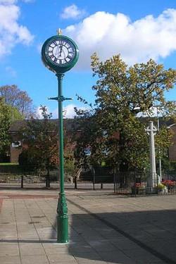 Fair Oak Pillar Clock