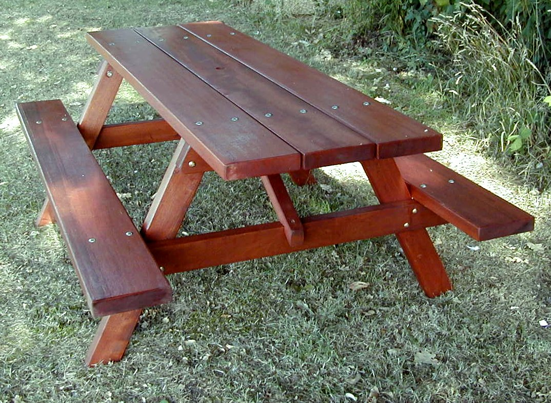 Woodland Picnic Table (4)