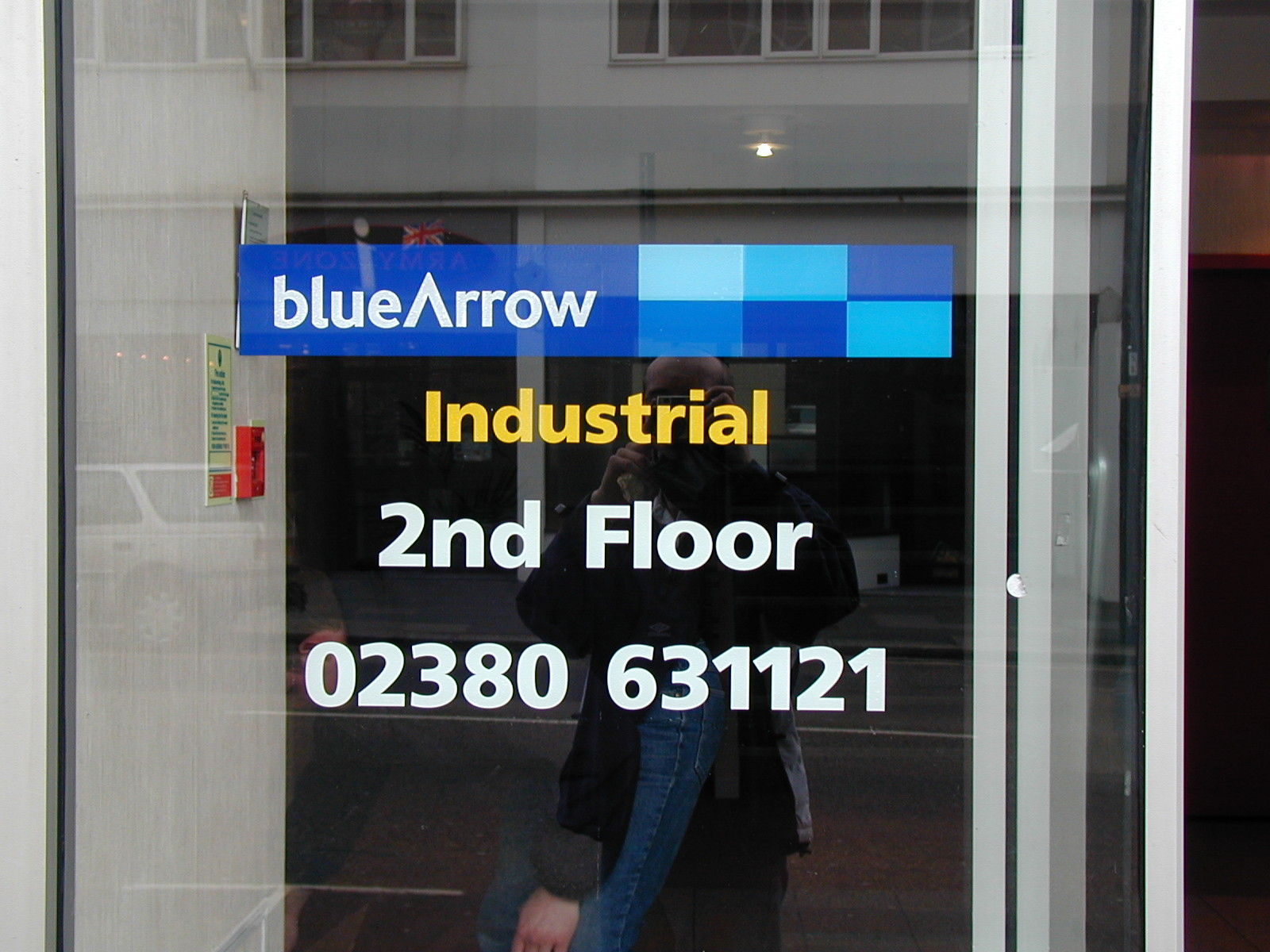 Blue arrow window graphics