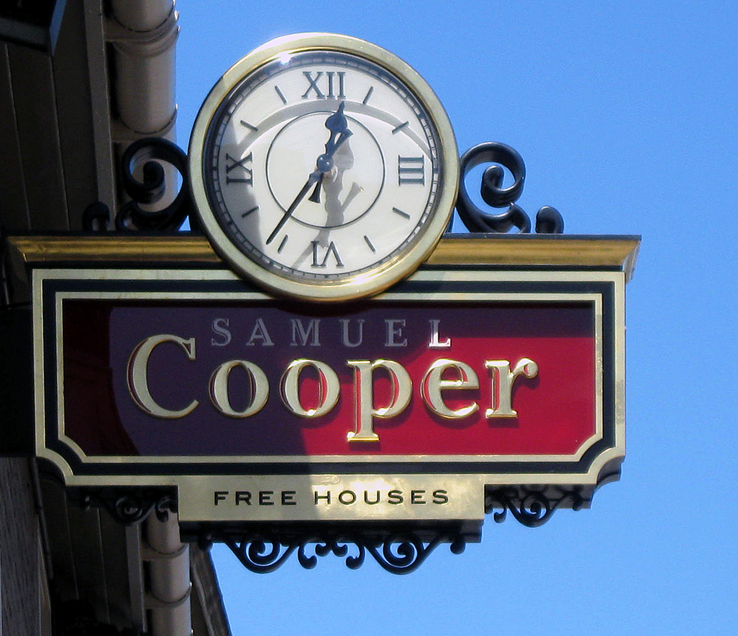 Pub sign included double sided clock